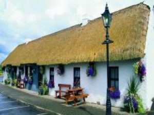Treacy's Bar & Restaurant